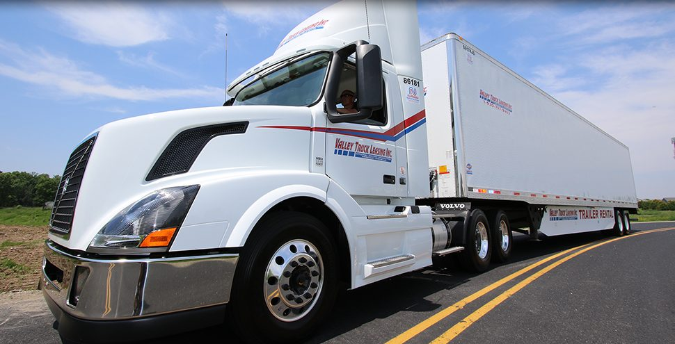 how much does it cost to lease a semi truck